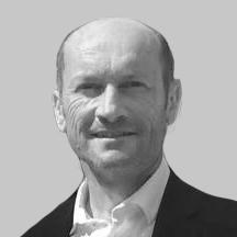 Dr. Arnaud Lazarus